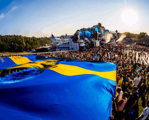 Svenske Avicii flag på Tomorrowland 2018