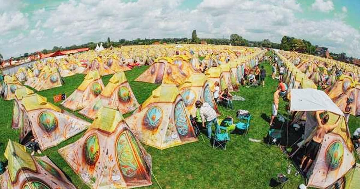 Easy Tent Tomorrowland camping