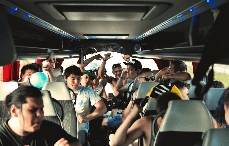 Bussfest med Coretours